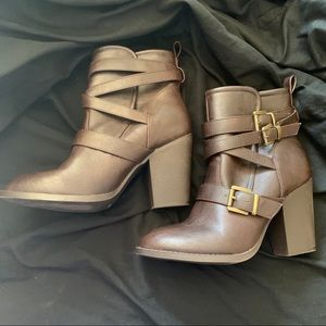 Just fab brown boots